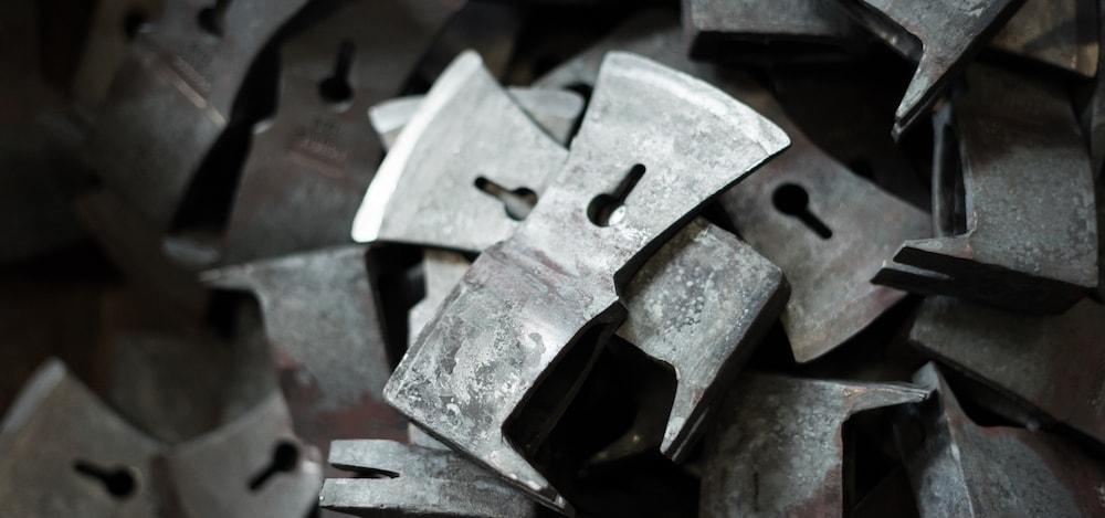 Lackieren des Stahls